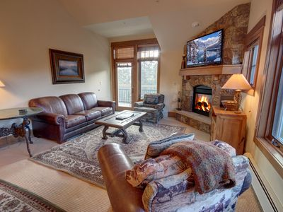 Photo for This ski in-ski out 2 bedroom/2 bath condo is perfect for the avid skiers! It is nicely decorated with stainless steel appliances and a cozy leather couch!