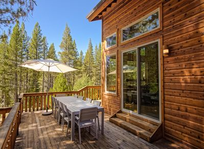 Deck - Welcome to your home in Truckee! Enjoy meals al fresco on the 2nd-story deck with the 10-person dining table.