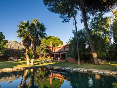 Photo for Magnificent villa with large gardens in Nagüeles, Marbella