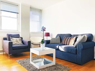 Photo for Lovely Piccadilly Apartment with LondonEye View