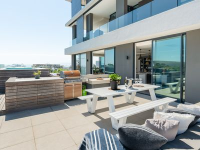 Photo for Luxury Penthouse-Living   Pool Deck   BBQ   Views