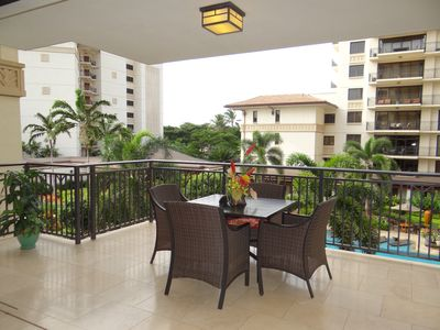 Spacious lanai overlooking one of the two pools