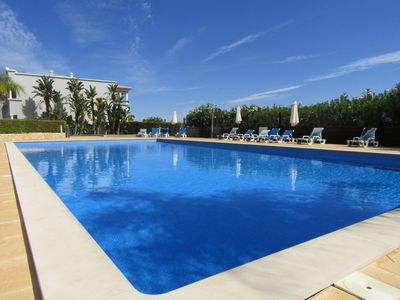 Photo for Modern Apartment 800 mts from the beach , Olhos de Agua, Albufeira