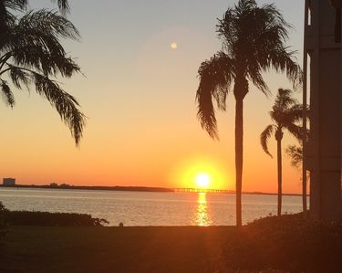 Photo for BEAUTIFUL UPDATED 2 BD 2BA CONDO, WATER VIEW, NEAR ST PETE BEACH & FT DESOTO