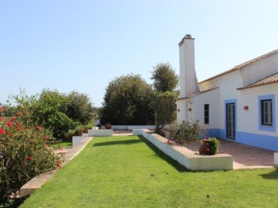 Photo for Stunning country house with private pool, 10 minutes from beaches