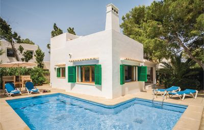 Photo for 5 bedroom accommodation in Cala d'or
