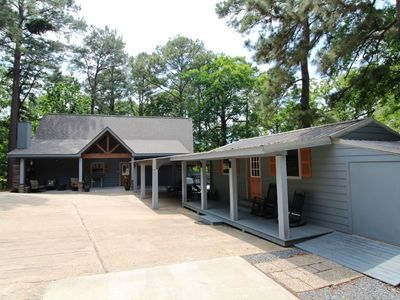 Photo for Bayview Lodge*Great Rental for a large family, Special Event, or just relaxing