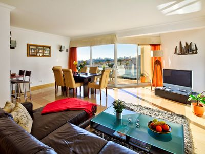 Photo for Modern spacious penthouse apartment, with sea views - Parque nº 6