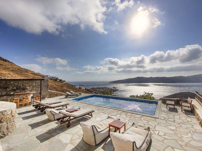 Photo for Super Private Villa With Large Pool And Real Infinity Sea View