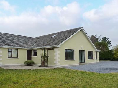 Photo for Lakelands, MOYCULLEN, COUNTY GALWAY