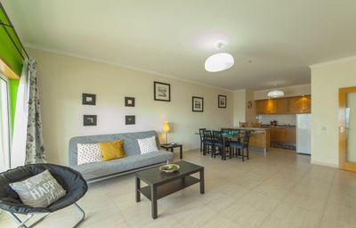 Photo for Simões Porti apartment in Portimão with WiFi, balcony & lift.