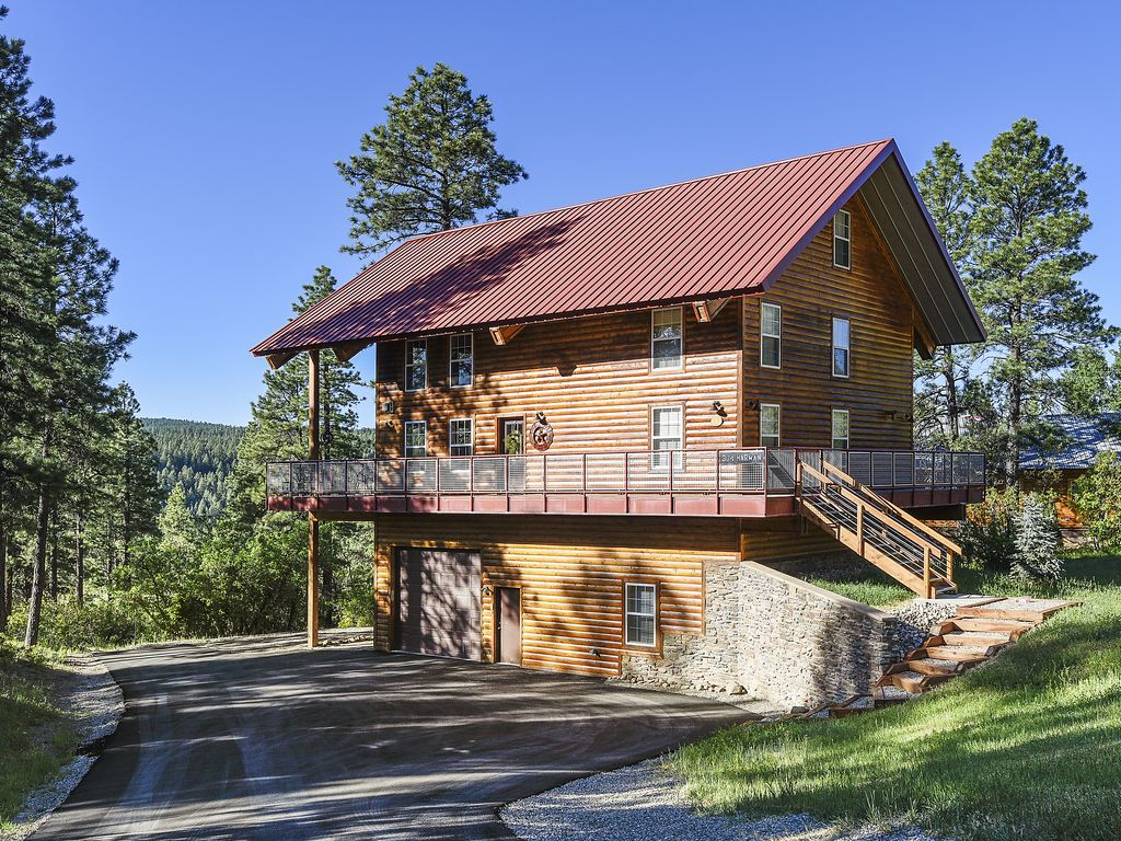 Red Top Lodge Is A Luxury Vacation Home In Vrbo