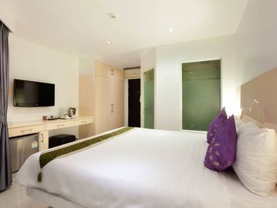 Photo for Modern Room In Boutique Hotel Located by The Beach