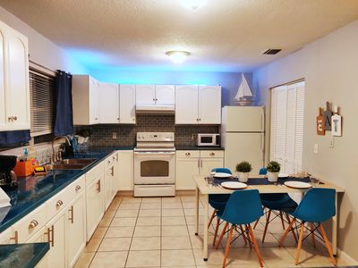 Photo for 4BR Cottage Vacation Rental in Palmetto, Florida