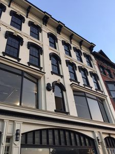 Brand New FInger Lakes Loft with Beautiful Finishes!
