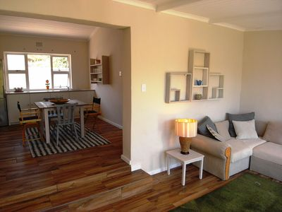 Photo for Cozy beach house in Hout Bay - 3min from the beach, shops and fishing port