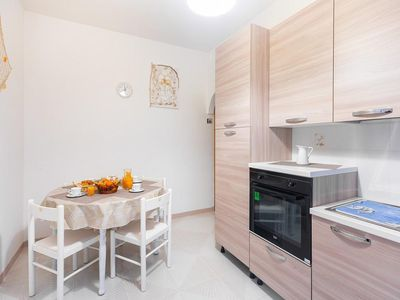 Photo for Holiday apartment Torre Spaccata for 5 persons with 2 bedrooms - Holiday apartment
