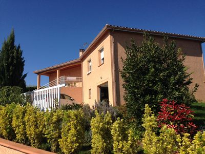 Photo for Beautiful villa of 114 m2 in residential area 2 km from the center of Auch