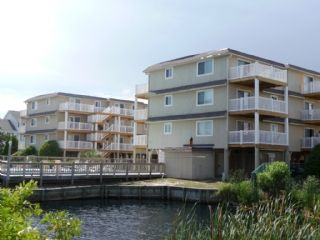 Photo for DSL 2F, This cozy condo is located on the Intracoastal Waterway with boat launch and dock.