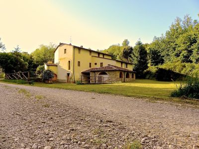 Photo for Holiday apartment Montevarchi for 8 - 10 persons with 4 bedrooms - Farmhouse