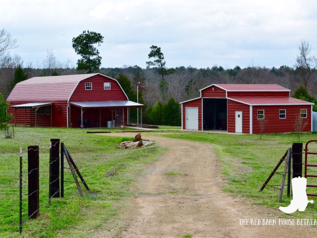 The Red Barn House Retreat Located In The B Vrbo