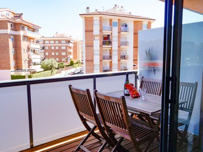 Photo for Apartment with balcony, communal pool and air conditioning