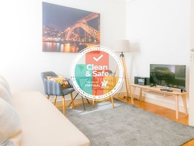 Photo for Liiiving in Porto | Light Spacious Apartment