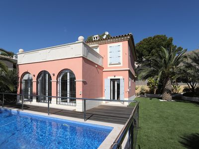 Photo for Luxury villa located in the exclusive area of Finestrat
