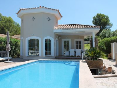 Photo for DREAMFUL VILLA CALMATZO detached with private pool for 6 pers.