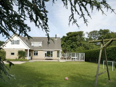 Photo for Lovely group accommodation with extras, located near the sea and beach