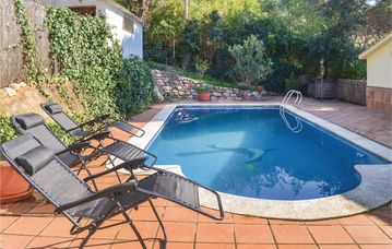 Search 2,602 holiday rentals