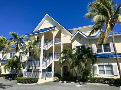 Home Away From Home In The Heart Of Grace Bay...