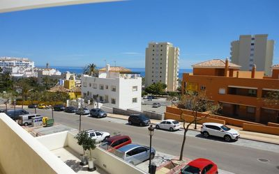 Photo for Modern apartment near Estepona marina, with AirCon, 5 minutes walk to Estepona marina, bars and beac