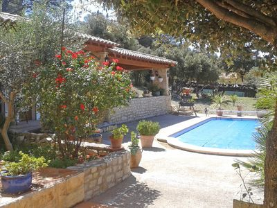 Photo for Provençal detached house with private swimming pool, situated in beautiful nature