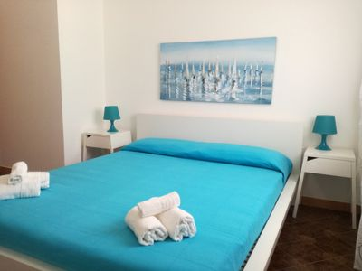 Photo for HOLIDAY HOUSE 6/7 BEDS SEA FRONT