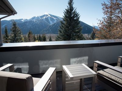 Photo for On Top of the World ! 5 Star Reviews, You'll Love this home !