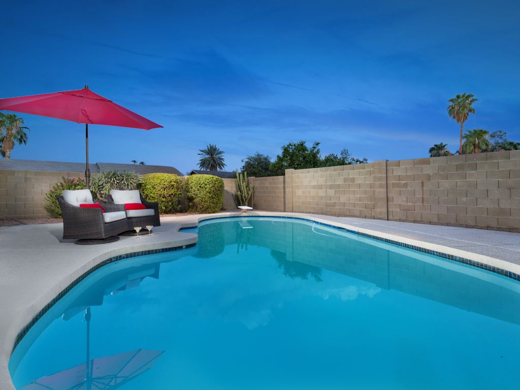 Hotels vacation rentals near paradise valley mall - 4 bedroom houses for rent in glendale az ...