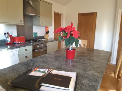 Open plan fully fitted kitchen/dinner