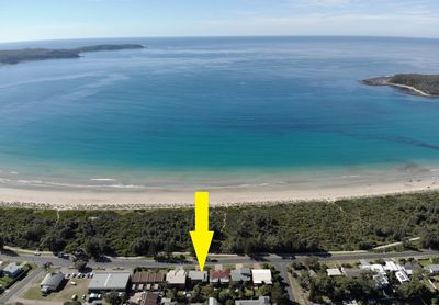 Location - Overlooking beach front reserve