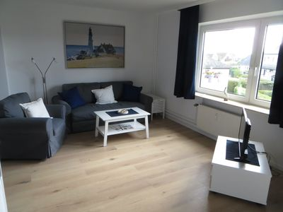 Photo for Family and dog-friendly apartment, central gel., 1.2 km to the beach