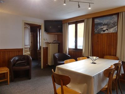 Photo for Gentianes 4 - Village center, near ski slope 3 rooms for 6 people