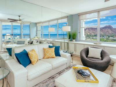 Modern Waikiki 2BR 2BA Ocean & Diamond Head Views with Free Secured Parking