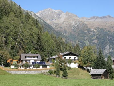 Photo for Charming large chalet, near the resort centre of Mallnitz