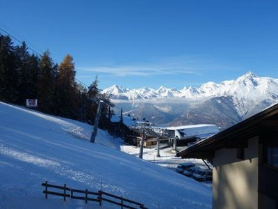 Photo for 3* Studio for 2-4 people at the bottom of the ski slopes. Open-plan kitchen with oven, electric kett