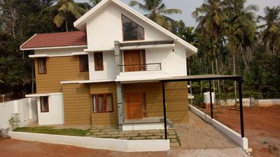 Photo for Purple Grass Villa  at calicut near wayanad road.  8km from city . Home stay
