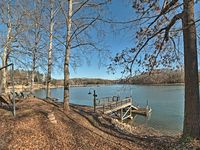 Our stay at the Lake House in Harrison, TN
