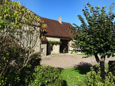 Photo for Eighteenth Charming house in Burgundy