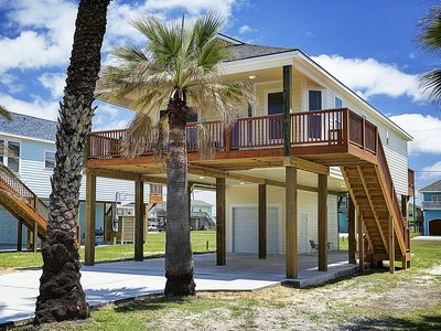 Photo for Immaculate New Beach House with Tons of Amenities