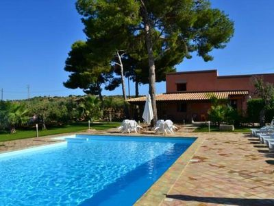 Photo for Sicily - Alloro Suite with splendid outdoor swimming pool and Jacuzzi - Villa Abate