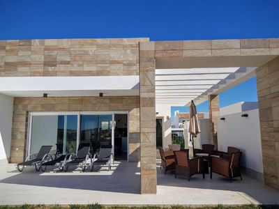 Photo for ALGORFA - HIGH STANDING VILLA full foot with communal pool